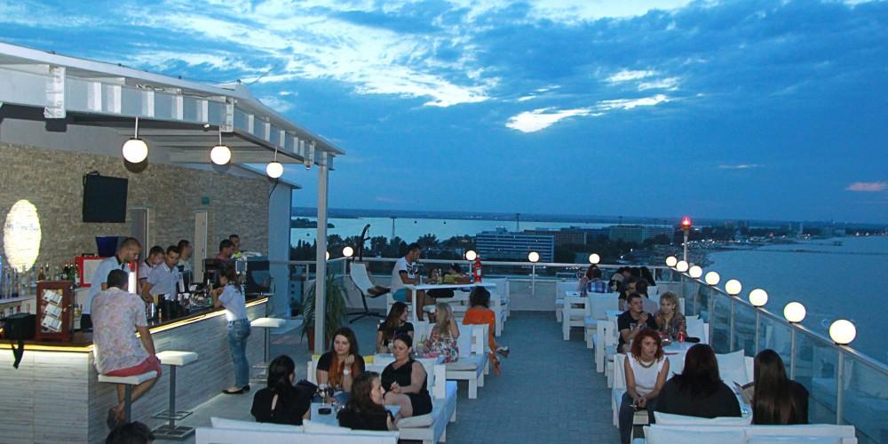 Sky View Bar Mamaia, Hotel Parc