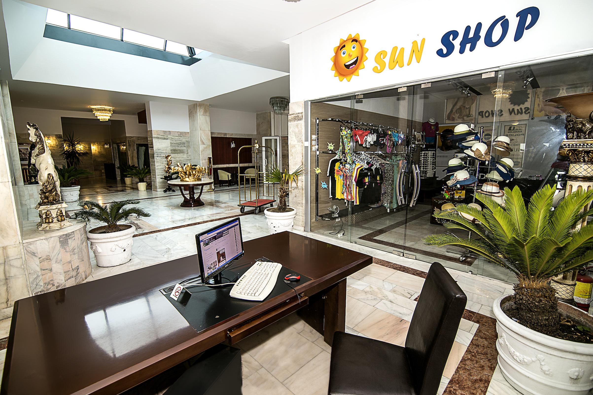 sun shop hotel parc mamaia