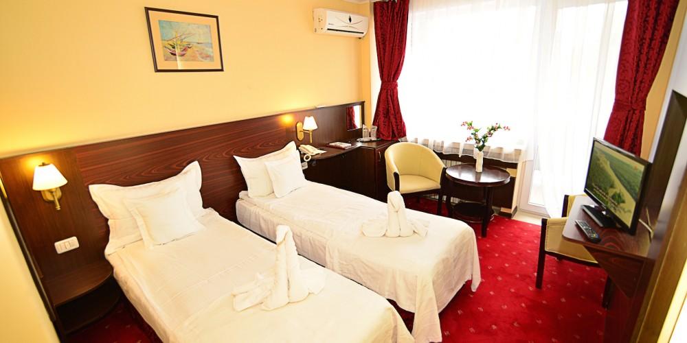 Quarto Twin Hotel Parc Mamaia