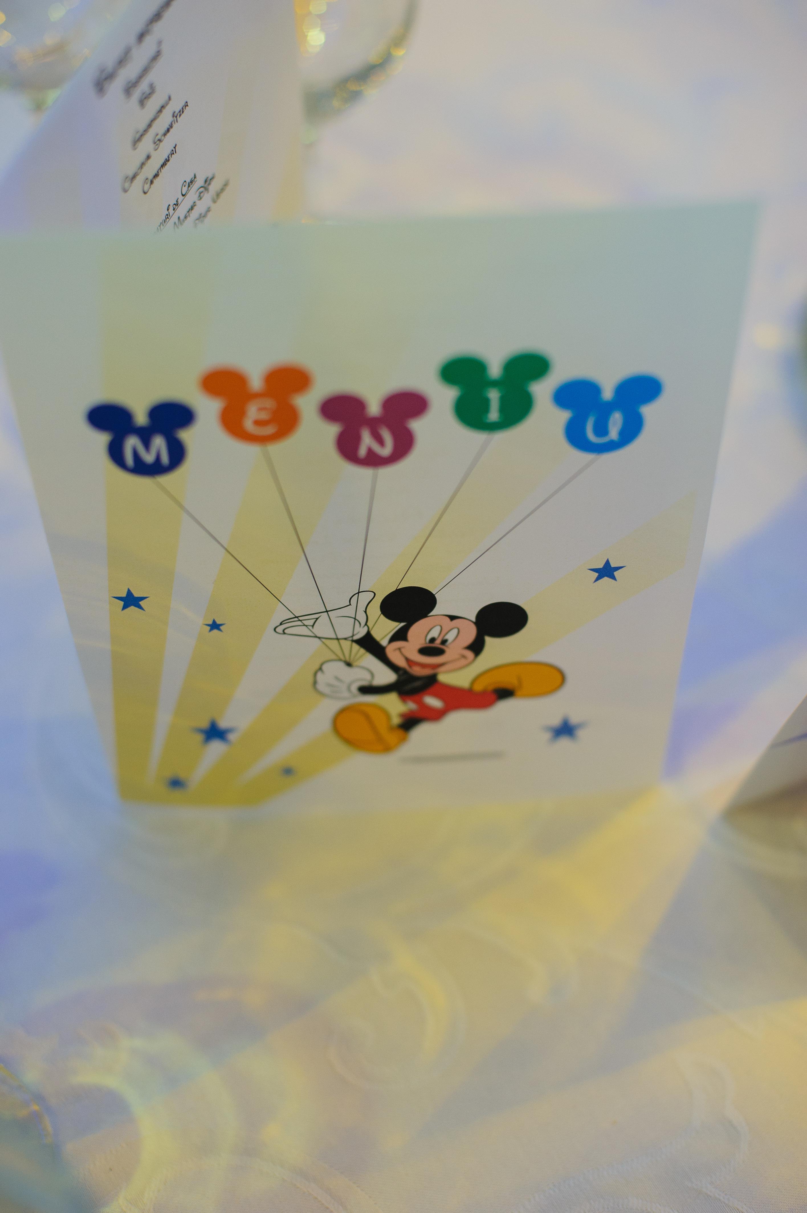 Briz menu mickey mouse restaurant Triumph Mamaia